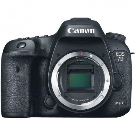 Canon Eos 7d Mark II + Sigma 17-70mm f2.8 Contemporany